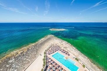 Piscina Hotel THB Class Sur Mallorca Colonia de Sant Jordi