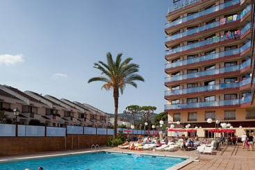 Esterno Hotel H Top Calella Palace