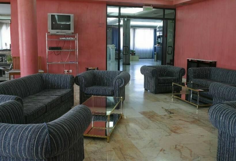共同スペース ホテル City House Las Lomas オビエド