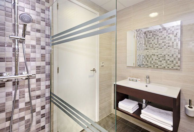 Bathroom Hotel H Top Cartago Nova Malgrat de Mar