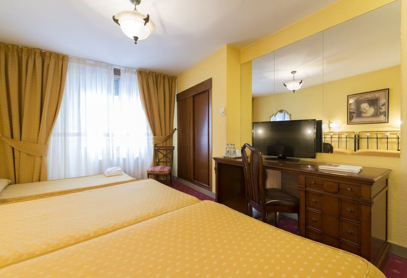 部屋 ホテル Fernán González ブルゴス