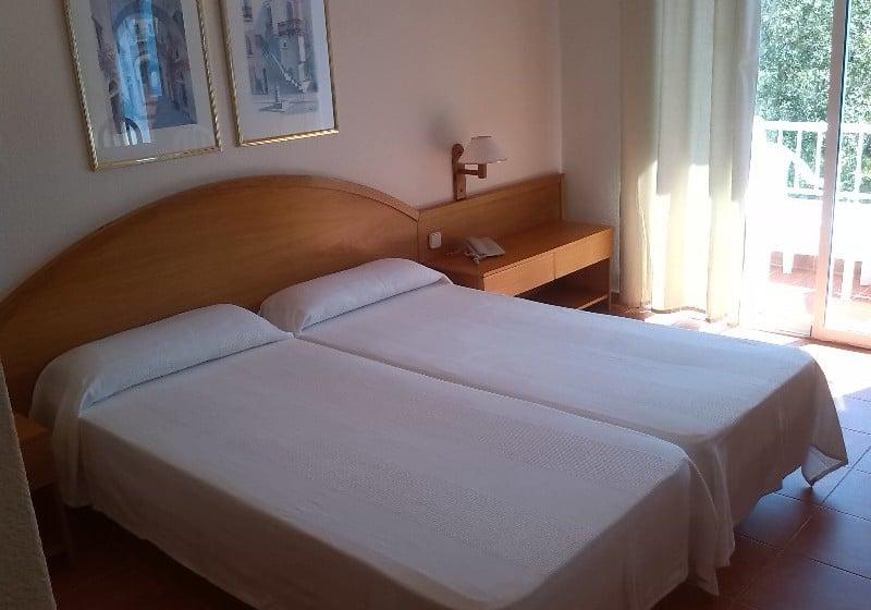 غرفة فندق IBB Paradis Blau كالا ان بورتير
