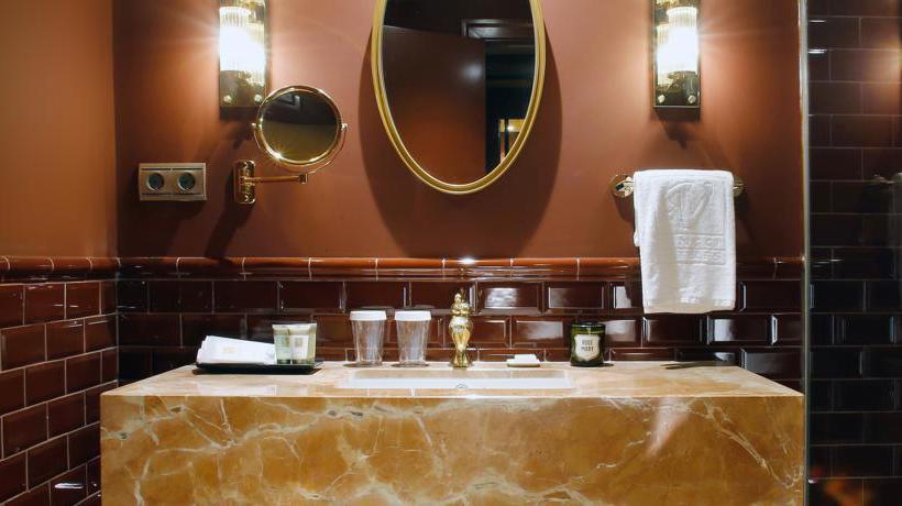 Casa de banho Hotel Vincci Mae Barcelona