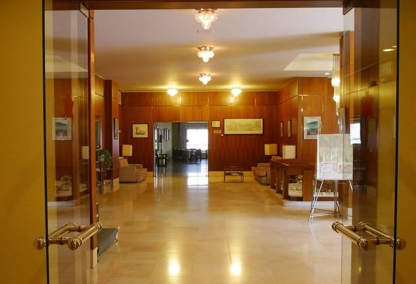 أماكن عامة فندق City House Los Tilos by Faranda سانتياغو دي كومبوستيلا