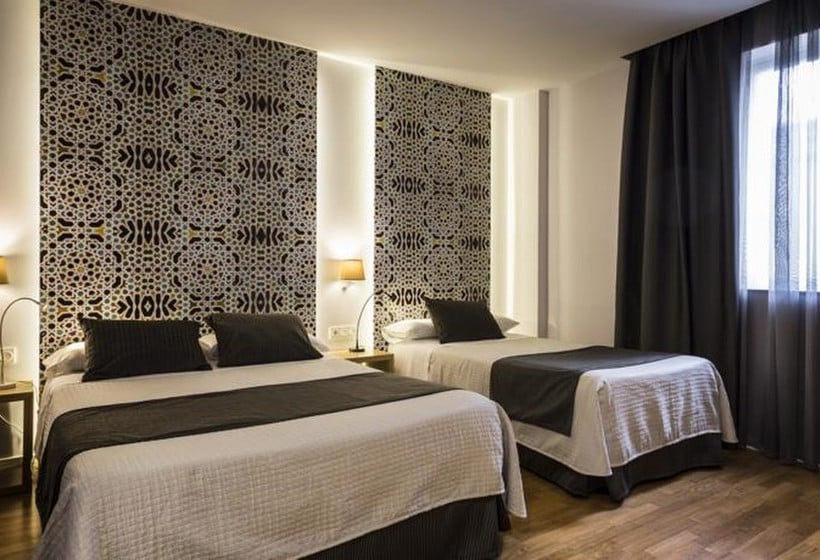 Zimmer Hotel Comfort Dauro 2 Granada