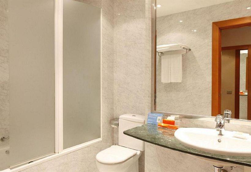 욕실 호텔 NH Atlántico 라코루냐