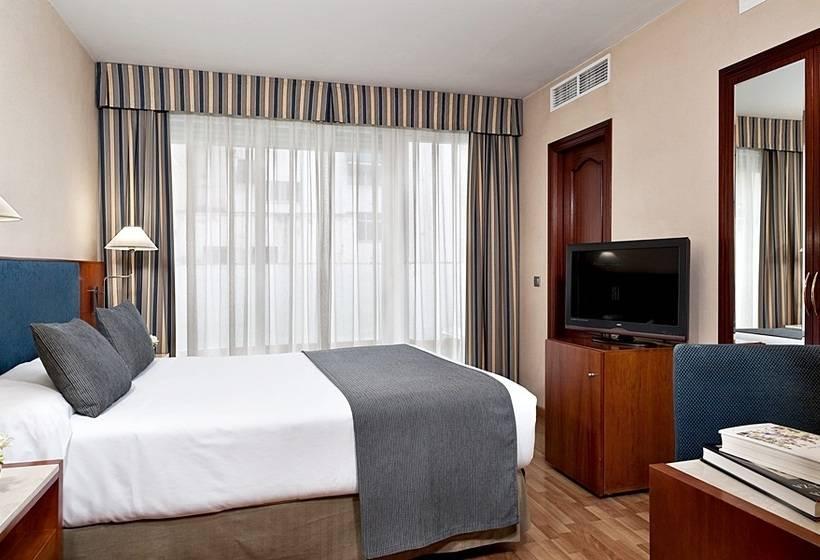 غرفة فندق NH Córdoba Califa قرطبة