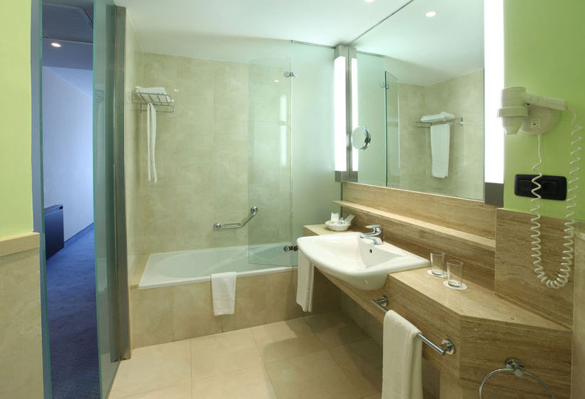 Bathroom فندق IFA Faro ماسبالوماس