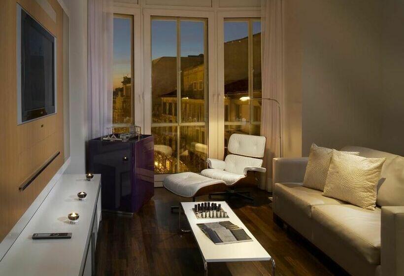 Hotel ME Madrid Reina Victoria