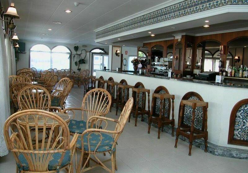 مطعم فندق Ton سانسينسو