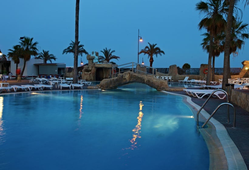 Piscina Hotel Marconfort Beach Club All Inclusive Torremolinos