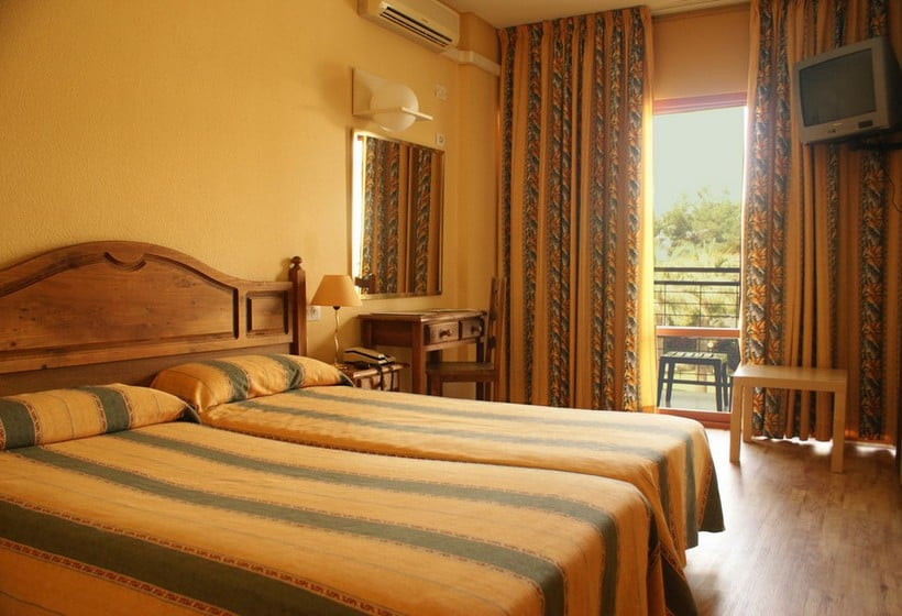 Camera Hotel San Fermin Benalmadena