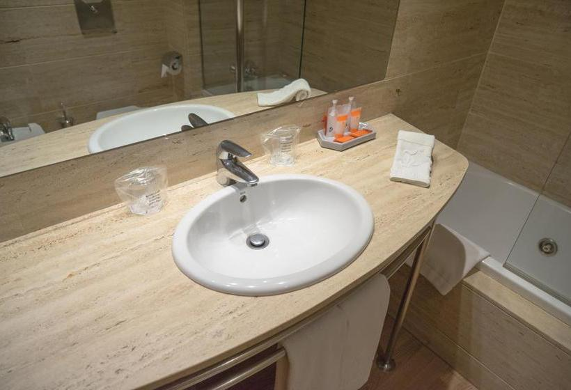 Bathroom Hotel Vilana Barcelona