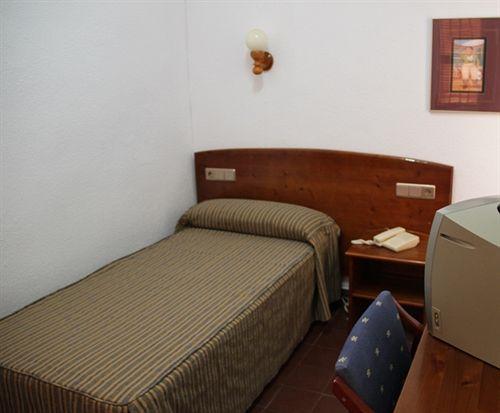 Hostal San Juan إل كامبيّو