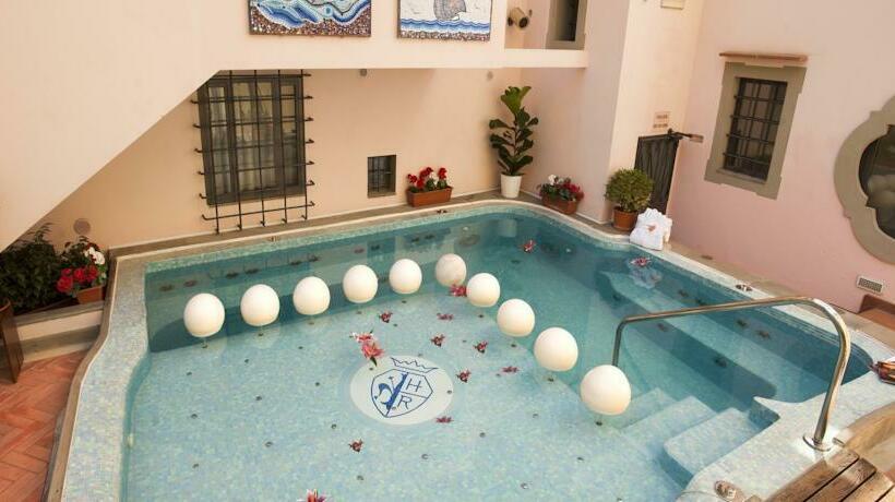 Schwimmbad Hotel Rivoli Florenz