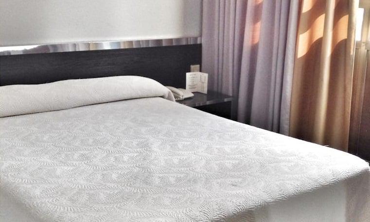 فندق Oriol ليس إيسكالديس-إنغورداني