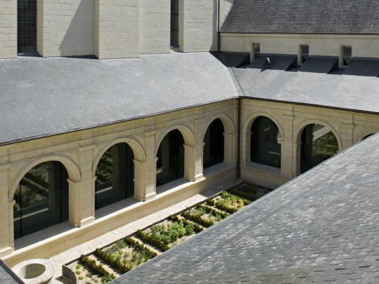 H tel abbaye royale de fontevraud fontevraud l 39 abbaye partir de 85 destinia - Hotel abbaye de fontevraud ...