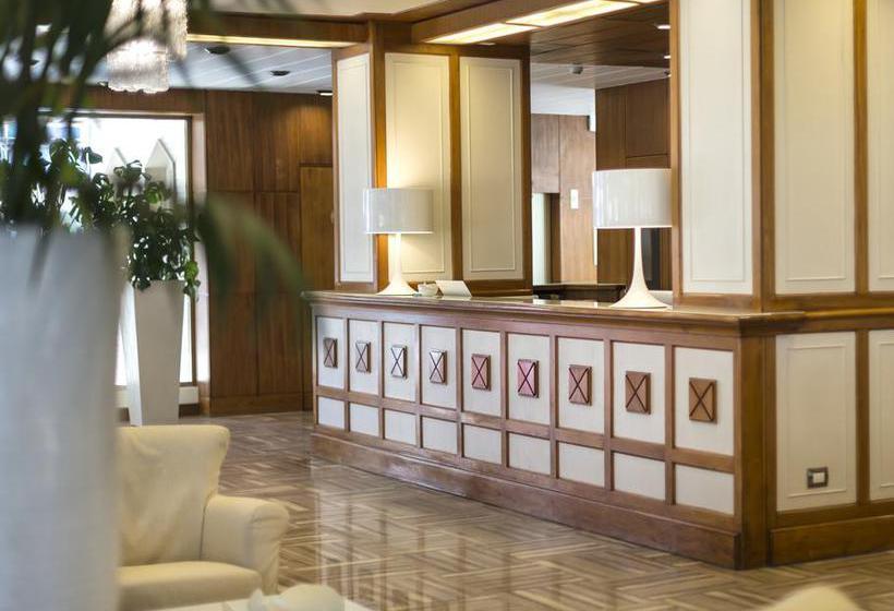 Front desk Hotel Abner's Riccione