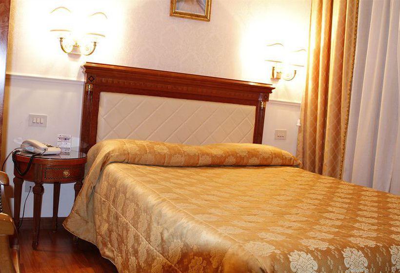 Leonardi Hotel Genio רומא