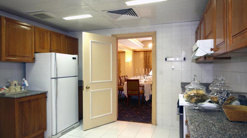 مطبخ فندق Intercontinental Madinah-Dar Al Iman المدينة المنورة