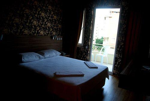 Simsek Hotel أنطاليا