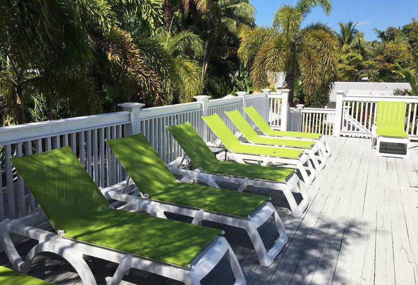 Hotel Chelsea House Pool & Gardens Key West