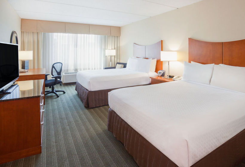 فندق Crowne Plaza Bloomington