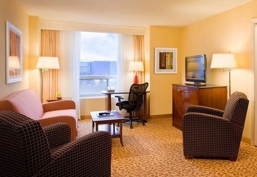 호텔 Minneapolis Airport Marriott Bloomington