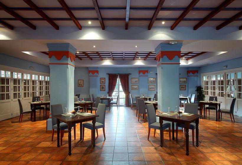 مطعم Exe Gran Hotel Solucar سانلوكار لا مايور