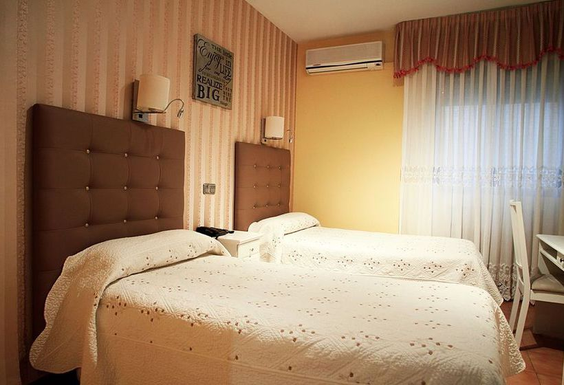 Hostal Los Angeles Residencial مدريد