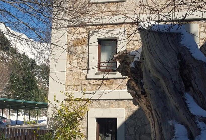 Aussenbereich Hotel Santa Cristina Petit Spa Canfranc