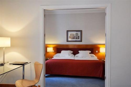 ホテル Suite Prado マドリード