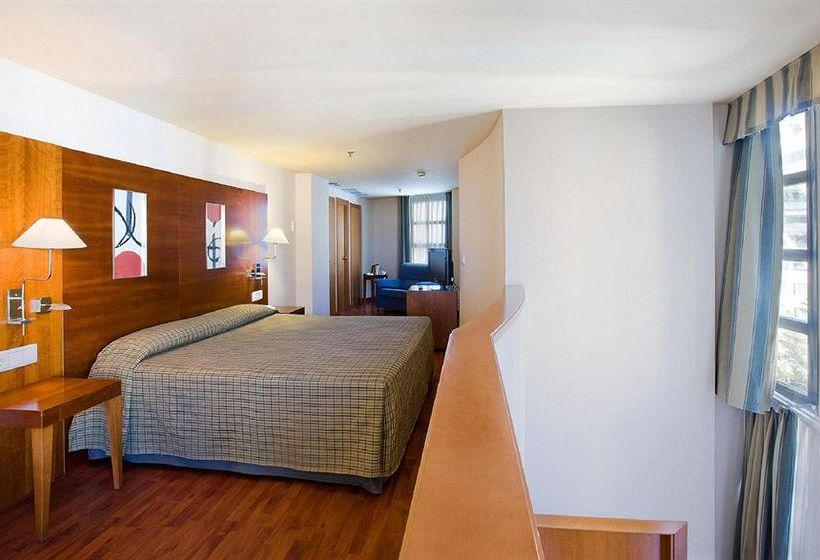 호텔 NH Valencia Las Artes 발렌시아