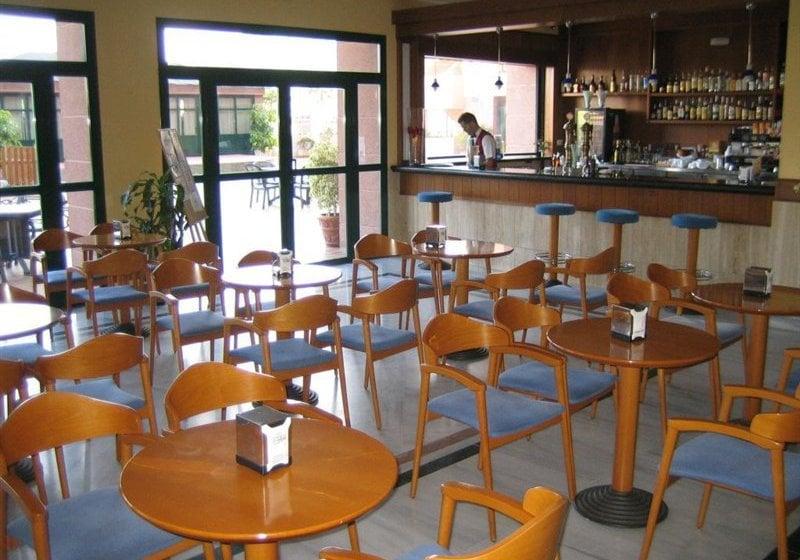Cafeteria Hotel Victoria Playa Almunyecar