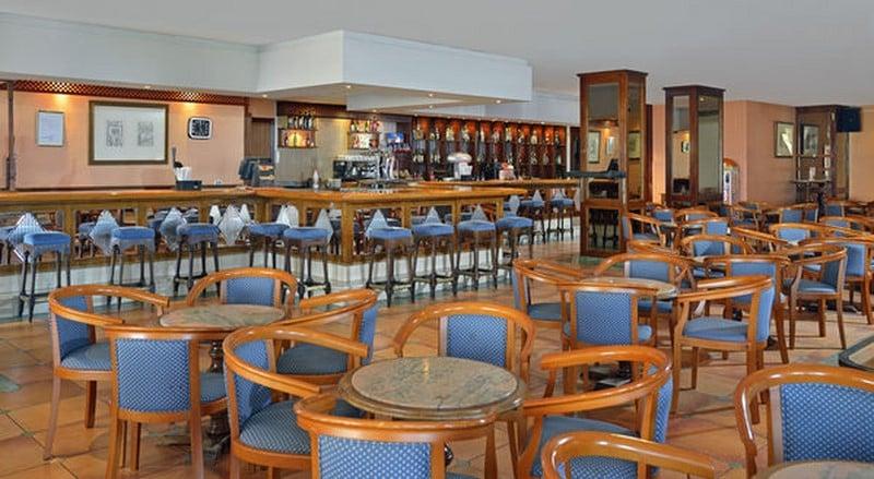 مطعم Sol Timor Apartamentos تورّيمولينوس