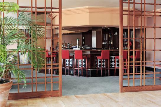 Cafeteria H10 Costa Salinas Playa de los Cancajos