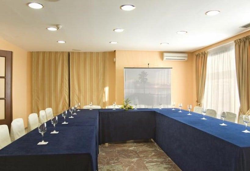 회의실 Hotel & Apartamentos Bahia Sur San Fernando