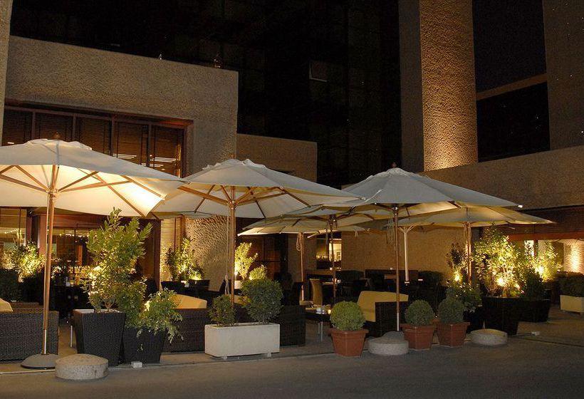 ホテル Silken Puerta Madrid マドリード