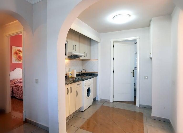 Cozinha Apartamentos Leo San Bruno Isla Canela