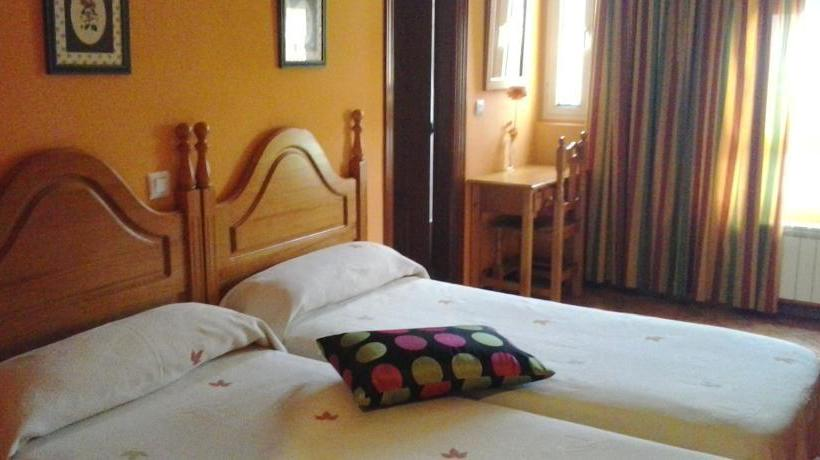 فندق del Parque لوس كورالس دي بويلنا