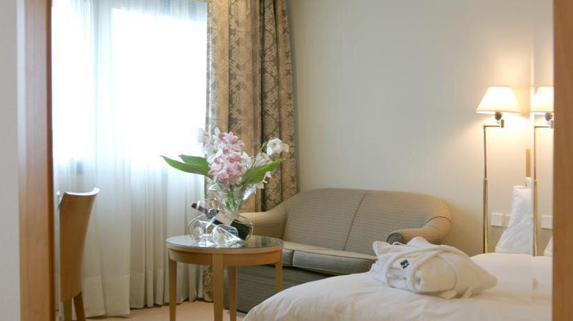 部屋 ホテル Metropolitan アテネ
