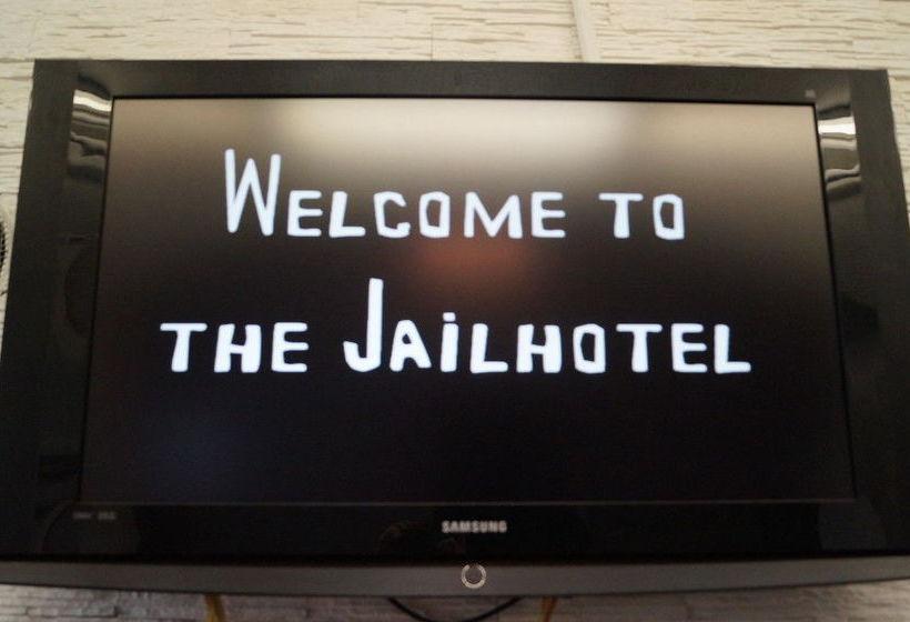 Jailhotel Lowengraben Luzern