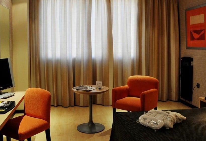 غرفة فندق Abba Huesca هويسكا