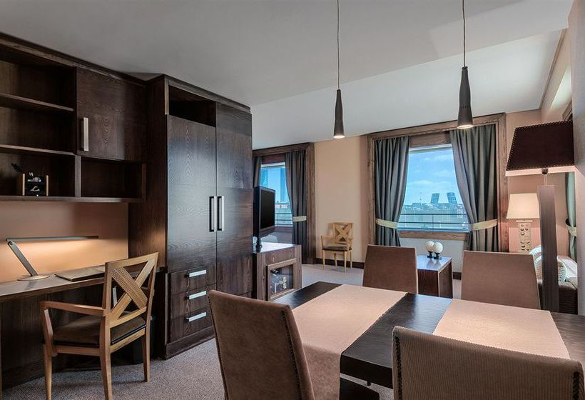 Hotel eurostars suites mirasierra em madrid desde 14 destinia - Casas en mirasierra madrid ...