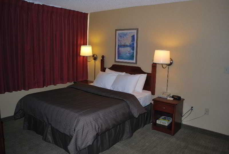 Отель Days Inn Calgary South Калгари