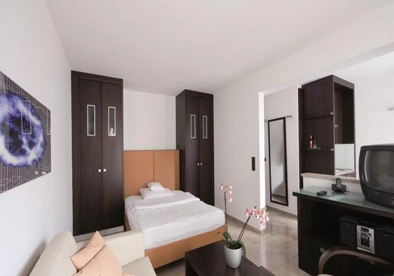 burns art hotel cologne in k ln ab 45 destinia. Black Bedroom Furniture Sets. Home Design Ideas