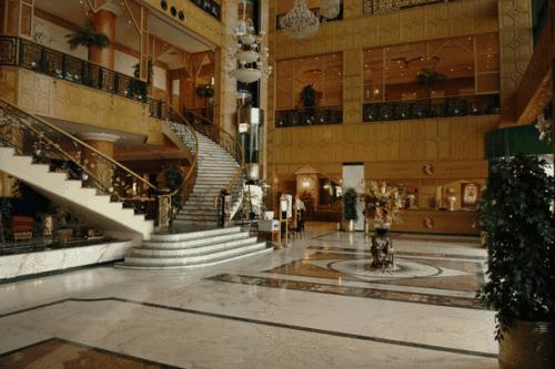 الاستقبال Ramada Kuwait Hotel الكويت
