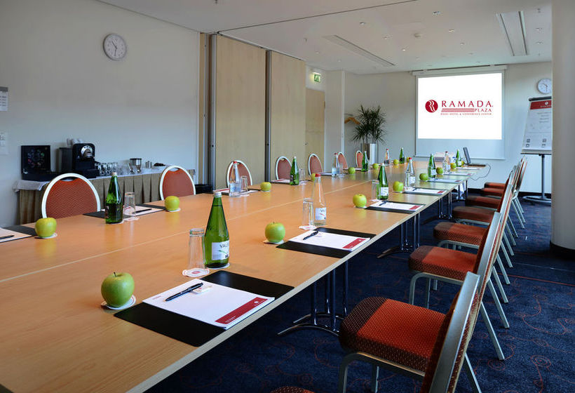 Ramada Plaza Basel Hotel & Conference Center Basilea