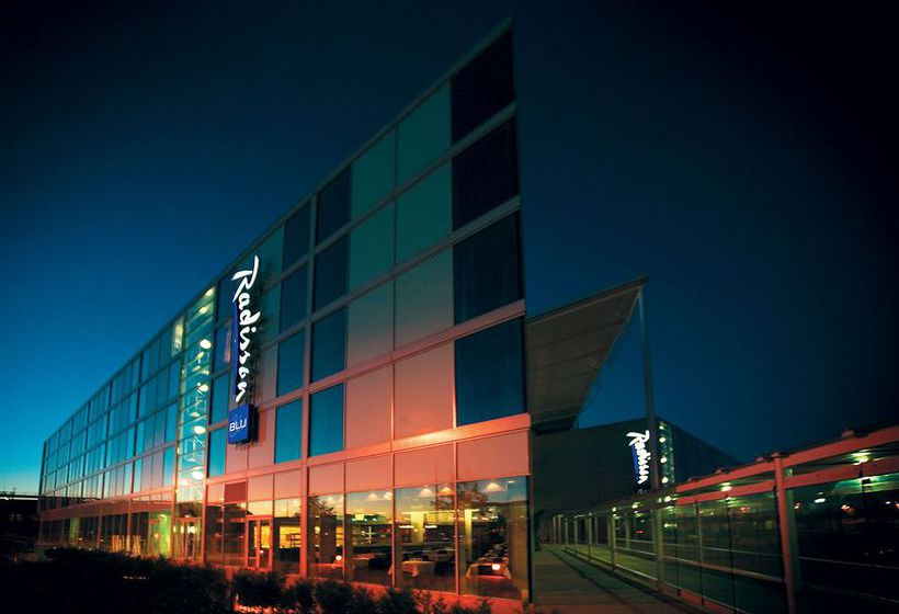 호텔 Radisson Blu London Stansted Airport