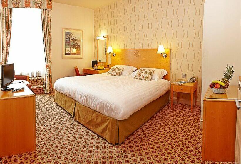 Cristina Hotel St Aubin